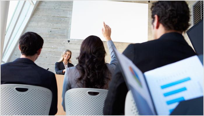 Bí quyết giải đáp câu hỏi của khán giả sau khi thuyết trình