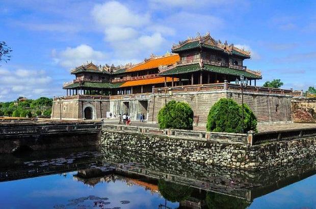 Du lịch về cố đô – Những công trình kiến trúc Huế mang đậm dấu ấn thời gian